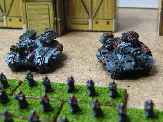 Epic 40k Hellhound Flame Tanks