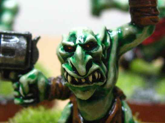 Gretchin with pistol
