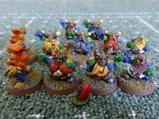 Blood Bowl Dwarf Team - Karak Hirn Hammers