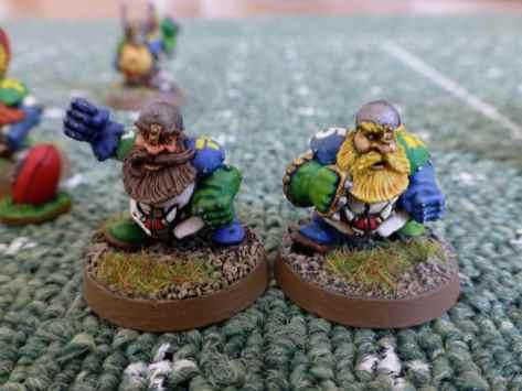 Blood Bowl Dwarf Runners