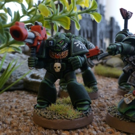 Dark Angels Space Marines Devastator with lascannon