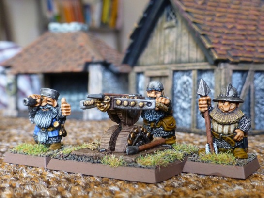 Dwarf bolt thrower with three crew