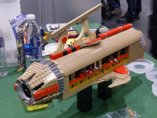 A Lego landing barge for Flash Gordon